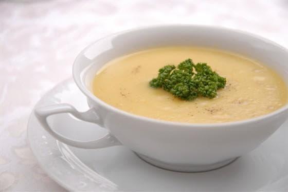 Пошаговый рецепт приготовления классического сырного супа с фото