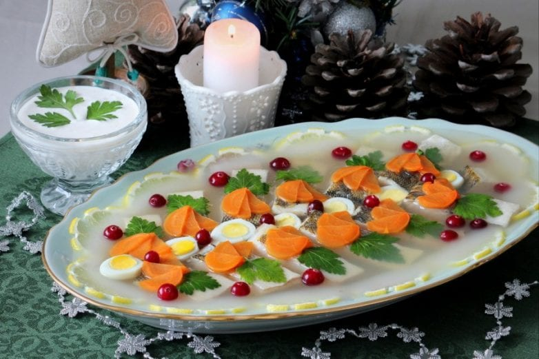 Пошаговый рецепт приготовления заливного из судака